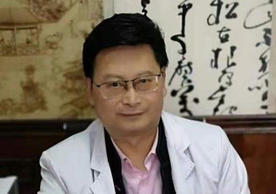 共筑中国梦——记中西医临床专家李万泉图3